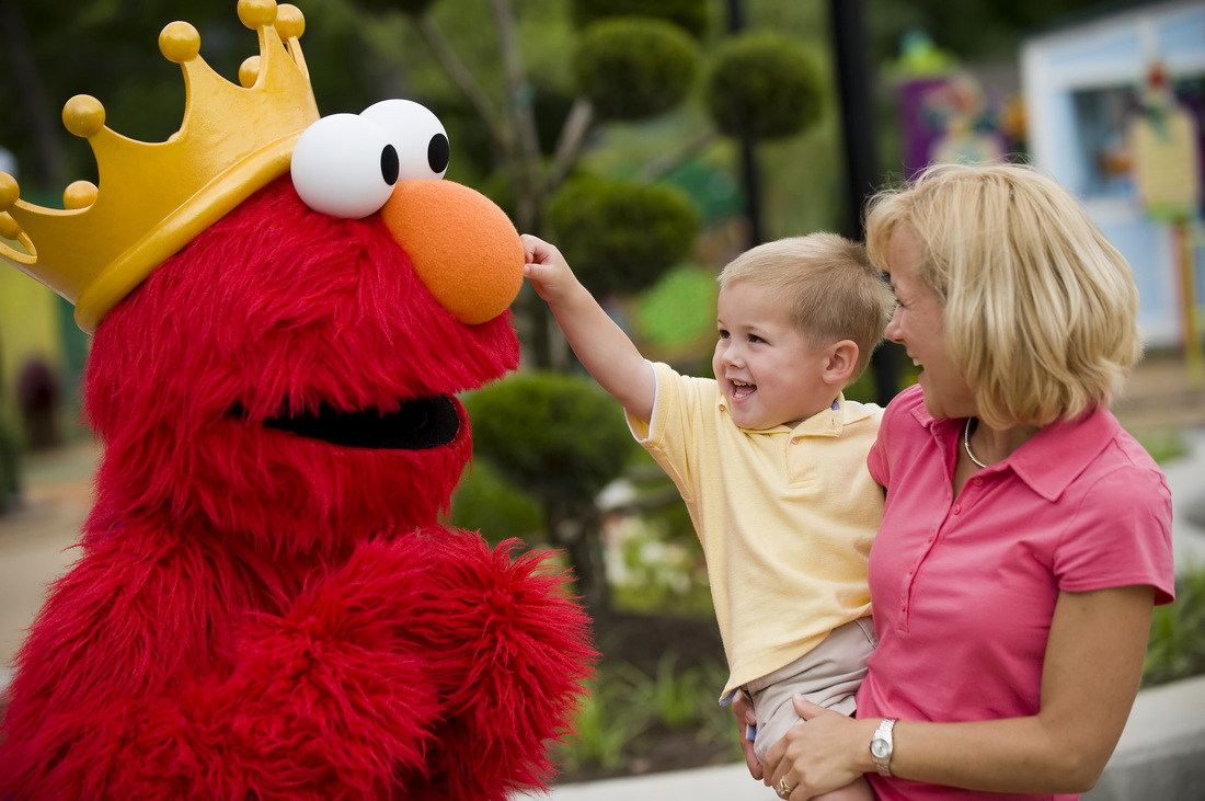 Busch Gardens Williamsburg theme park summer deals special offers savings travel family fun amusement park Elmo Sesame Street