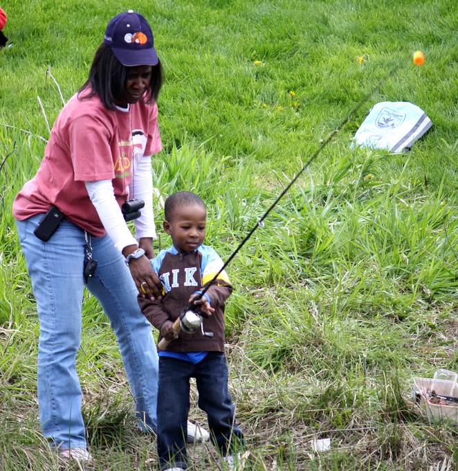 Kids fishing children fishing free fishing days learn to fish trout fishing Virginia Reston nature environment