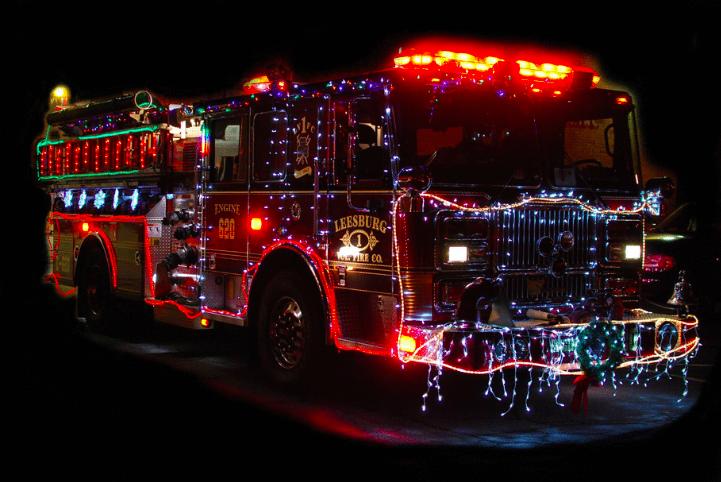Leesburg VFD fire truck Santa ride