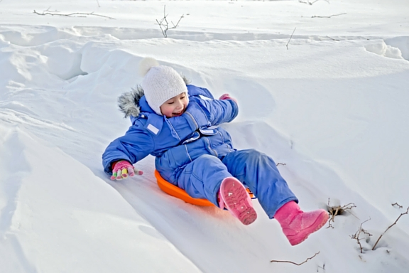 Winter Fairfax Family Fun Northern Virginia sledding sled snow metro DC area