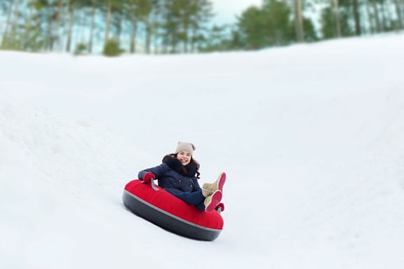 Snow tubing snowtubing winter slopes ski Northern Virginia VA DC PA WV MD resort family fun