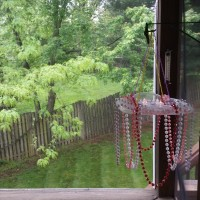DIY: Portable party chandelier using a Chick-fil-A salad container