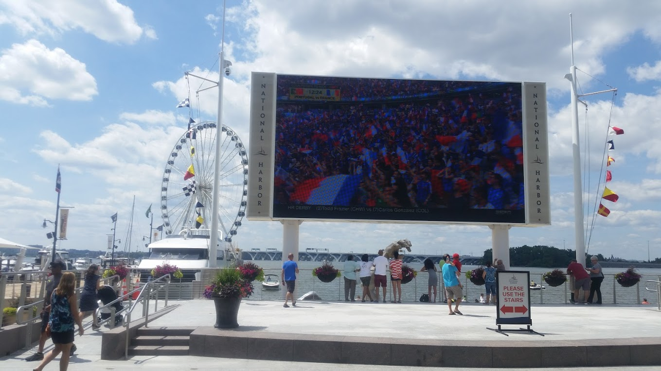 Giant screen at National Harbor