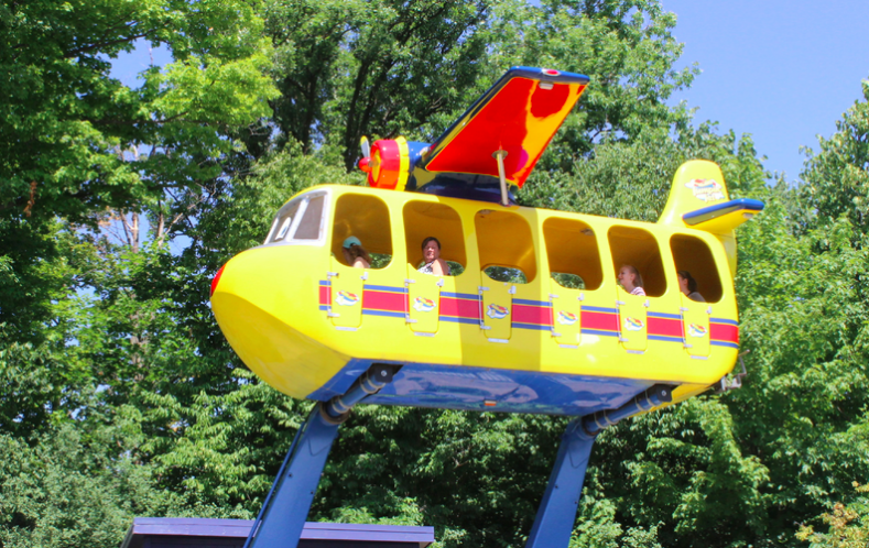 Planet Snoopy Kings Dominion Sally's Sea Plane