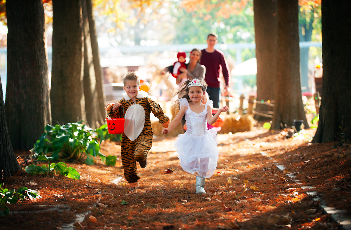 Fun on the run on the Trick-or-Treat Trail (photo: Dutch Wonderland)