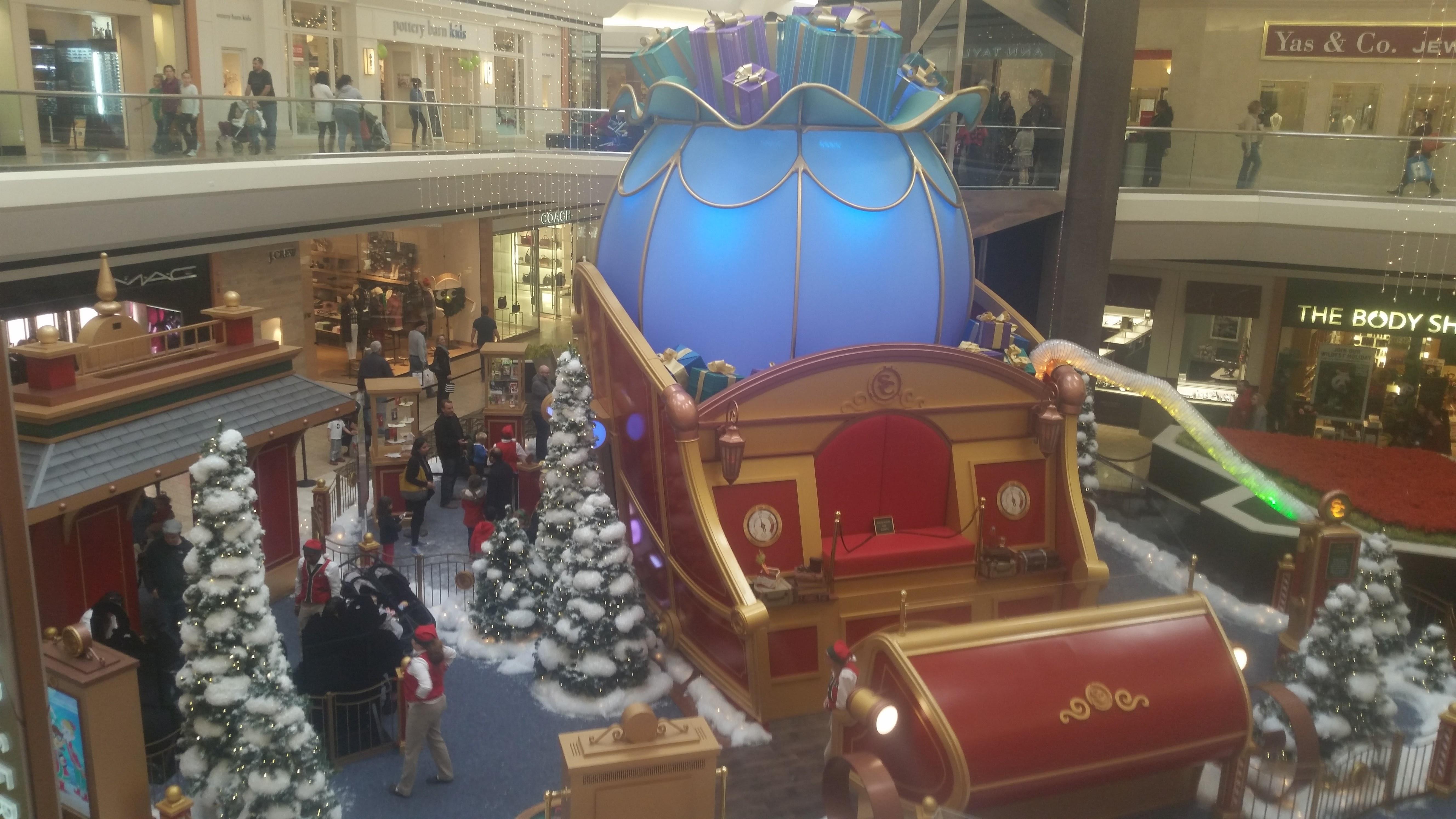 Sleigh at Santa's Flight Academy santa photos at Fair Oaks Mall