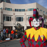 Thanksgiving at home? See the Reston Holiday Parade!