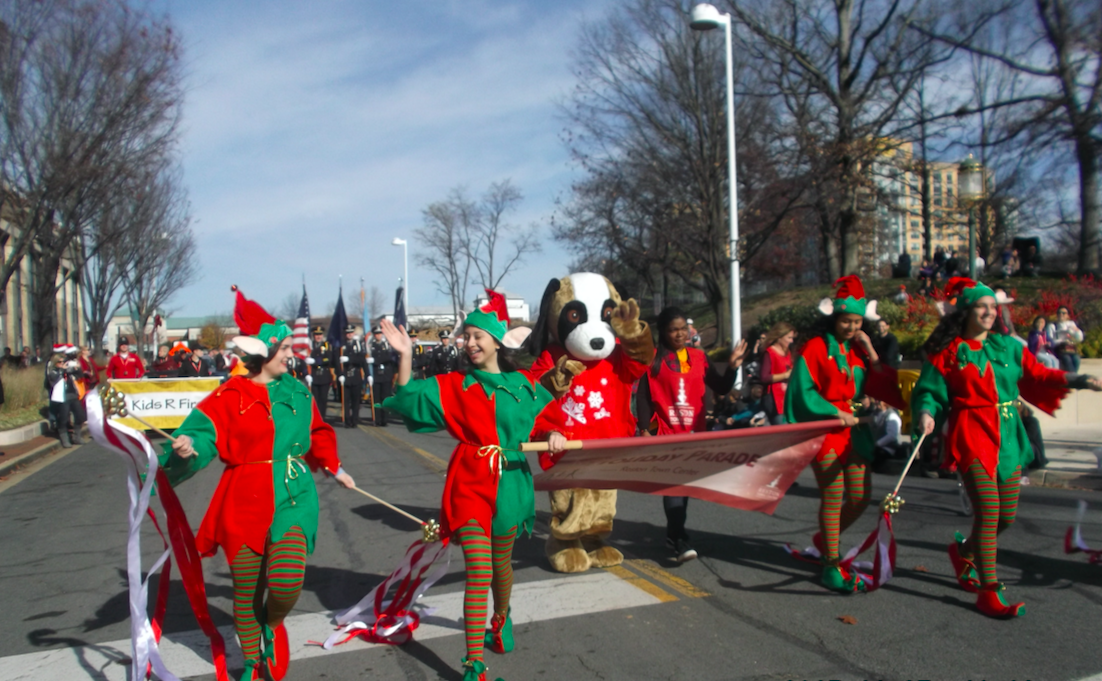 Reston Holiday Parade 2015
