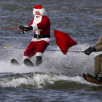 Water skiing Santa returns to the Alexandria waterfront!