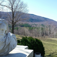 A hotel with art and a heart: review of the Wilburton Inn