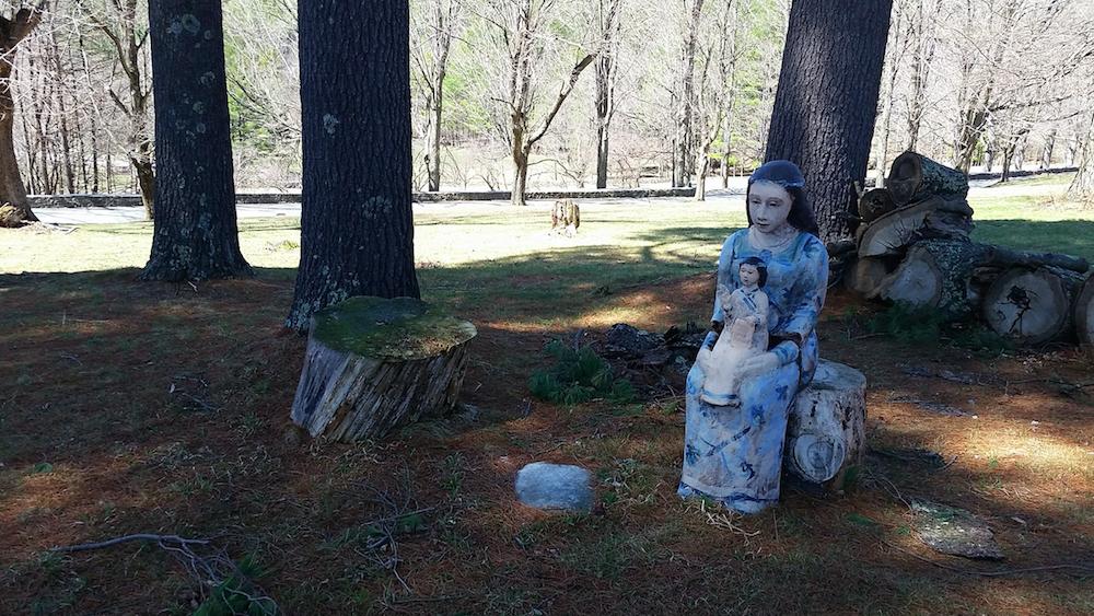 Sculpture of a woman at the Wilburton Inn Vermont