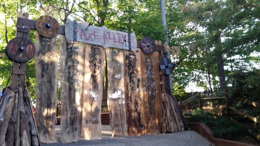 Busch Gardens Williamsburg Howl-O-Scream Axe Alley sign