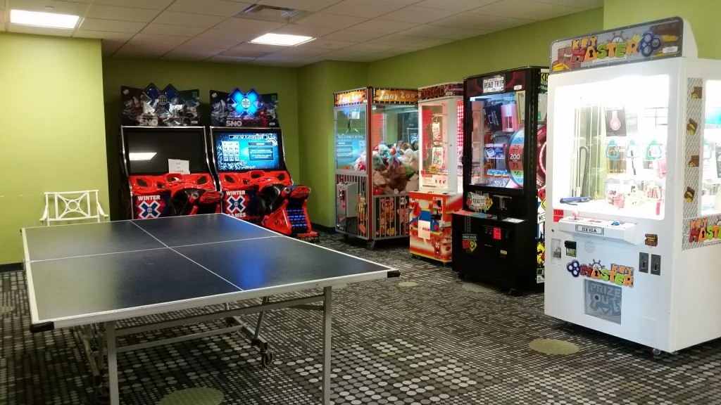 Kingsmill Resort game room