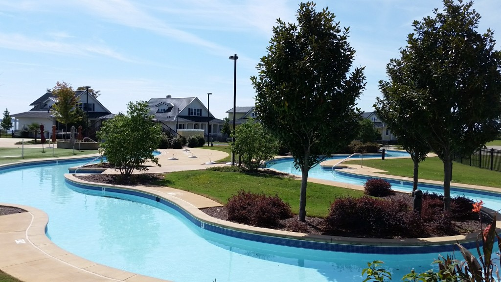 Kingsmill Resort lazy river pool