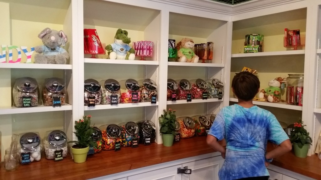 Kingsmill Resort Mill candy shop