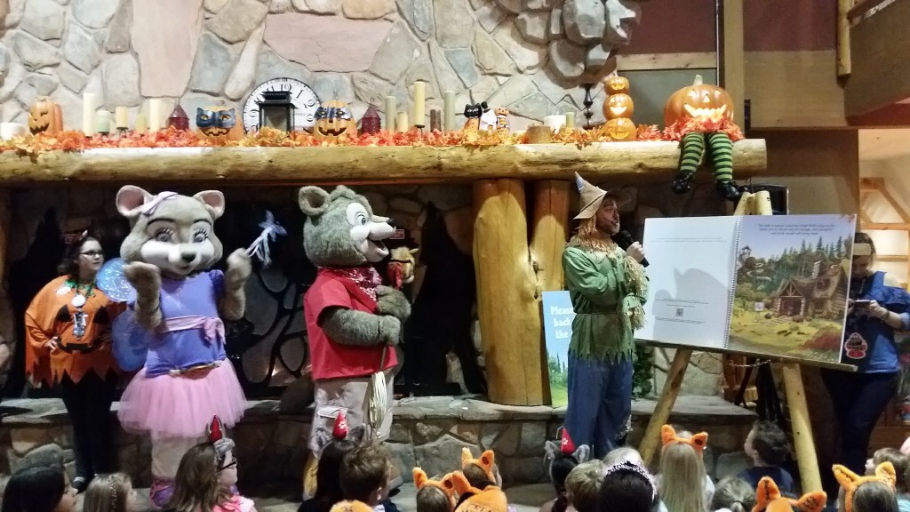 Great Wolf Lodge Howl-O-Ween story time