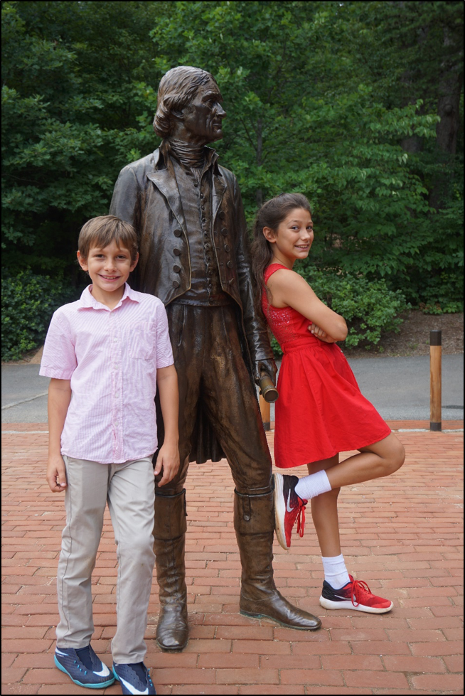 Kids with Thomas Jefferson statue at Monticello
