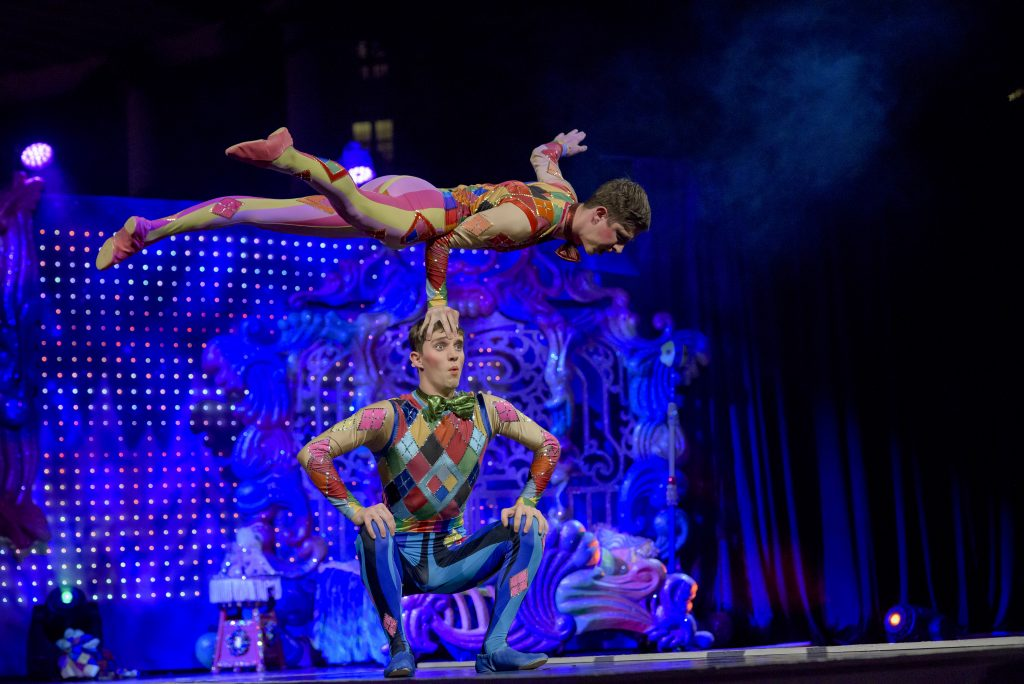 Cirque Dreams Unwrapped circus act at Gaylord National ICE Christmas on the Potomac